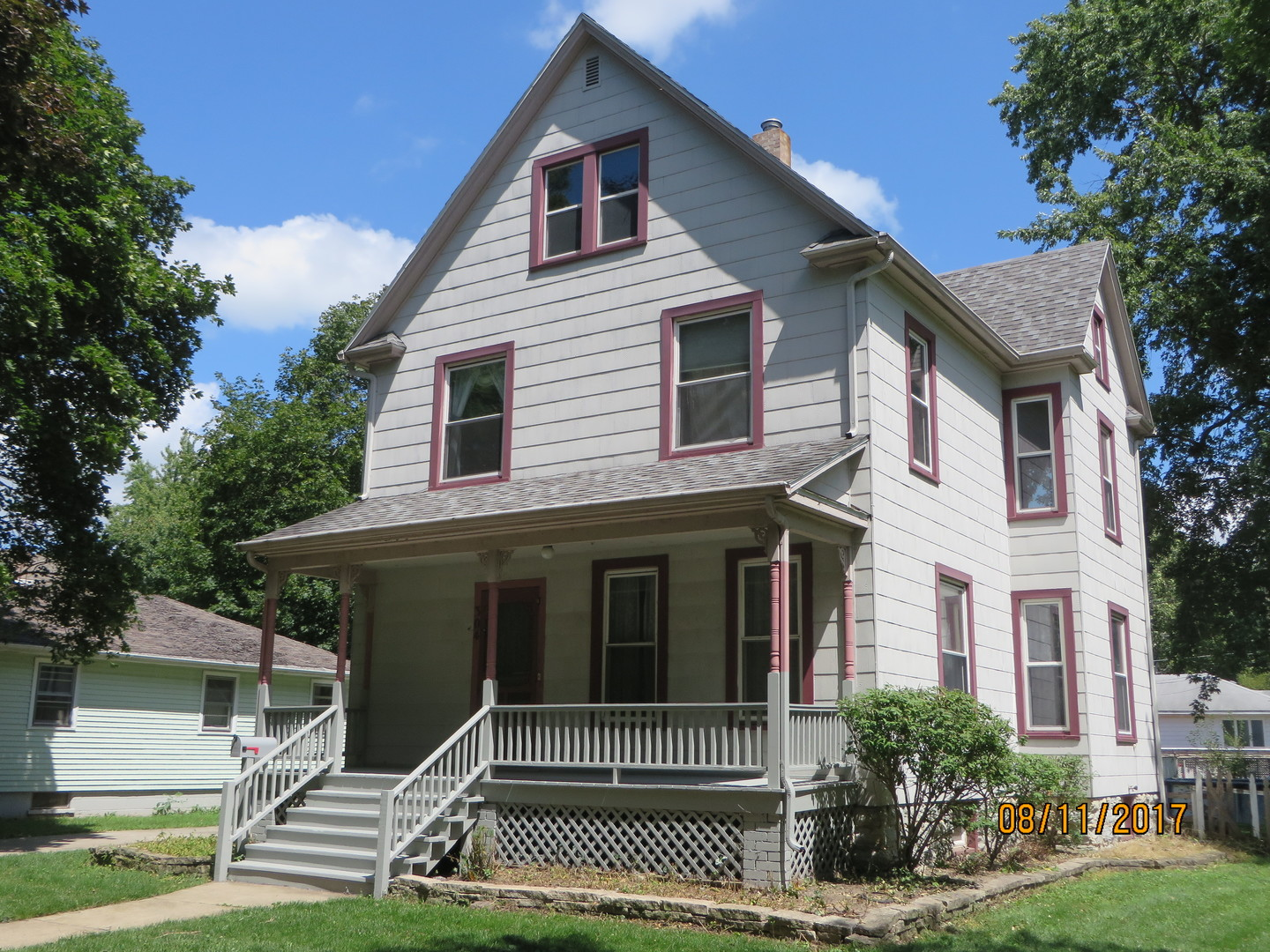 Photo of 304 North Maple Street  MOMENCE  IL