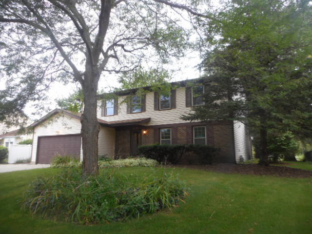 960 Boxwood Drive, Crystal Lake in Mc Henry County, IL 60014 Home for Sale