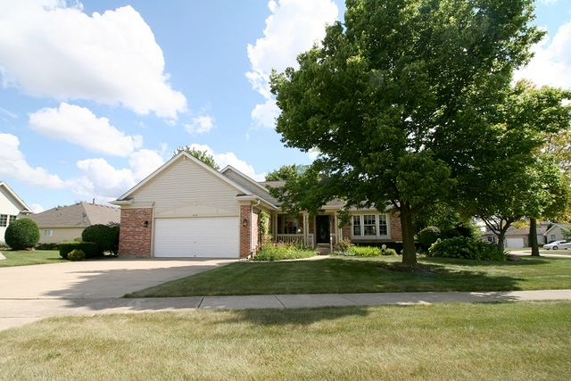 Photo of 949 Sunbury Road  SOUTH ELGIN  IL