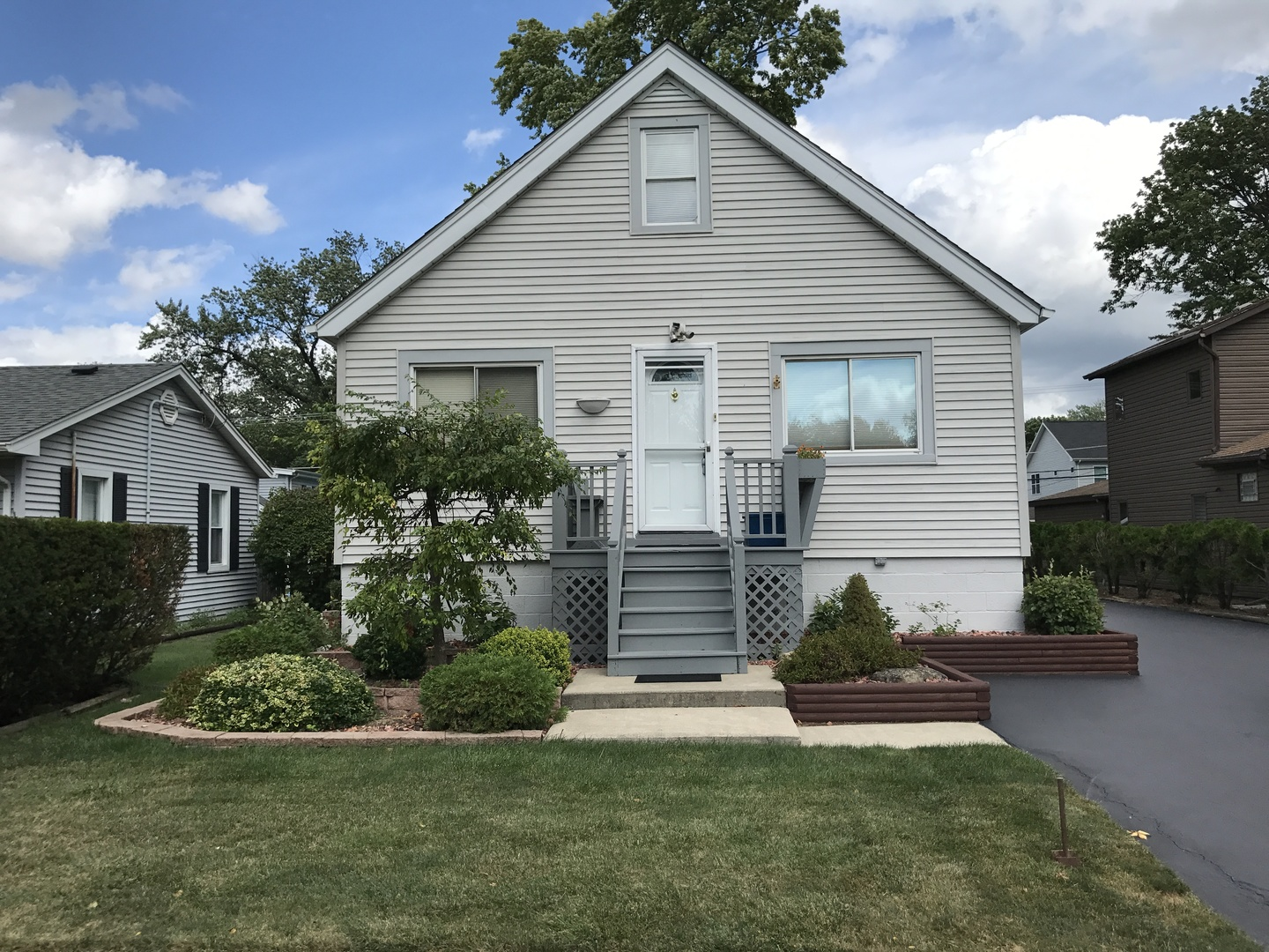 Photo of 4029 Williams Street  DOWNERS GROVE  IL