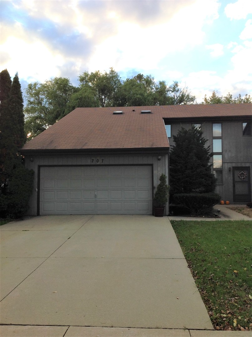 Photo of 707 South Raven Road  SHOREWOOD  IL