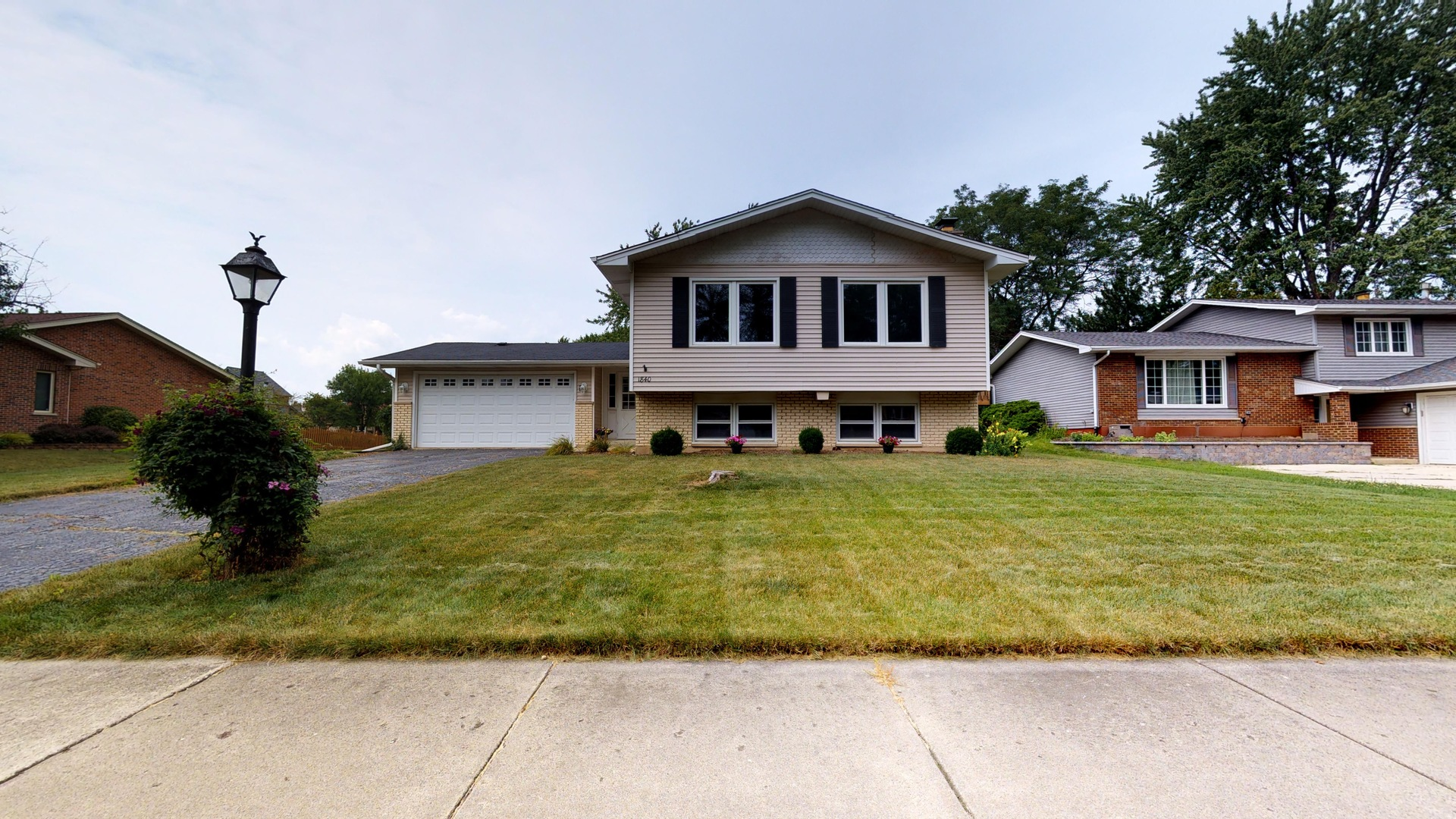 Photo of 1840 Bolson Drive  DOWNERS GROVE  IL