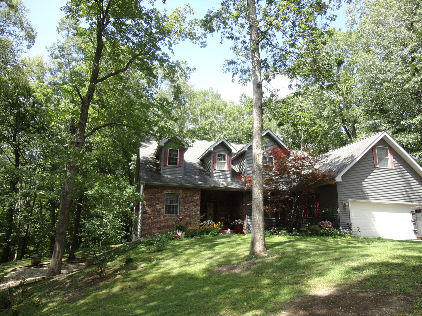 Photo of 2251 East 1425 North Road  Shelbyville  IL