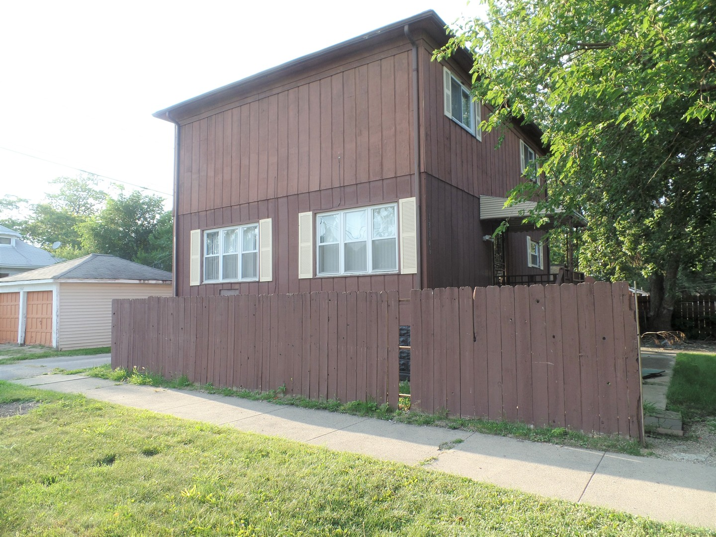 Photo of 13846 South State Street  RIVERDALE  IL