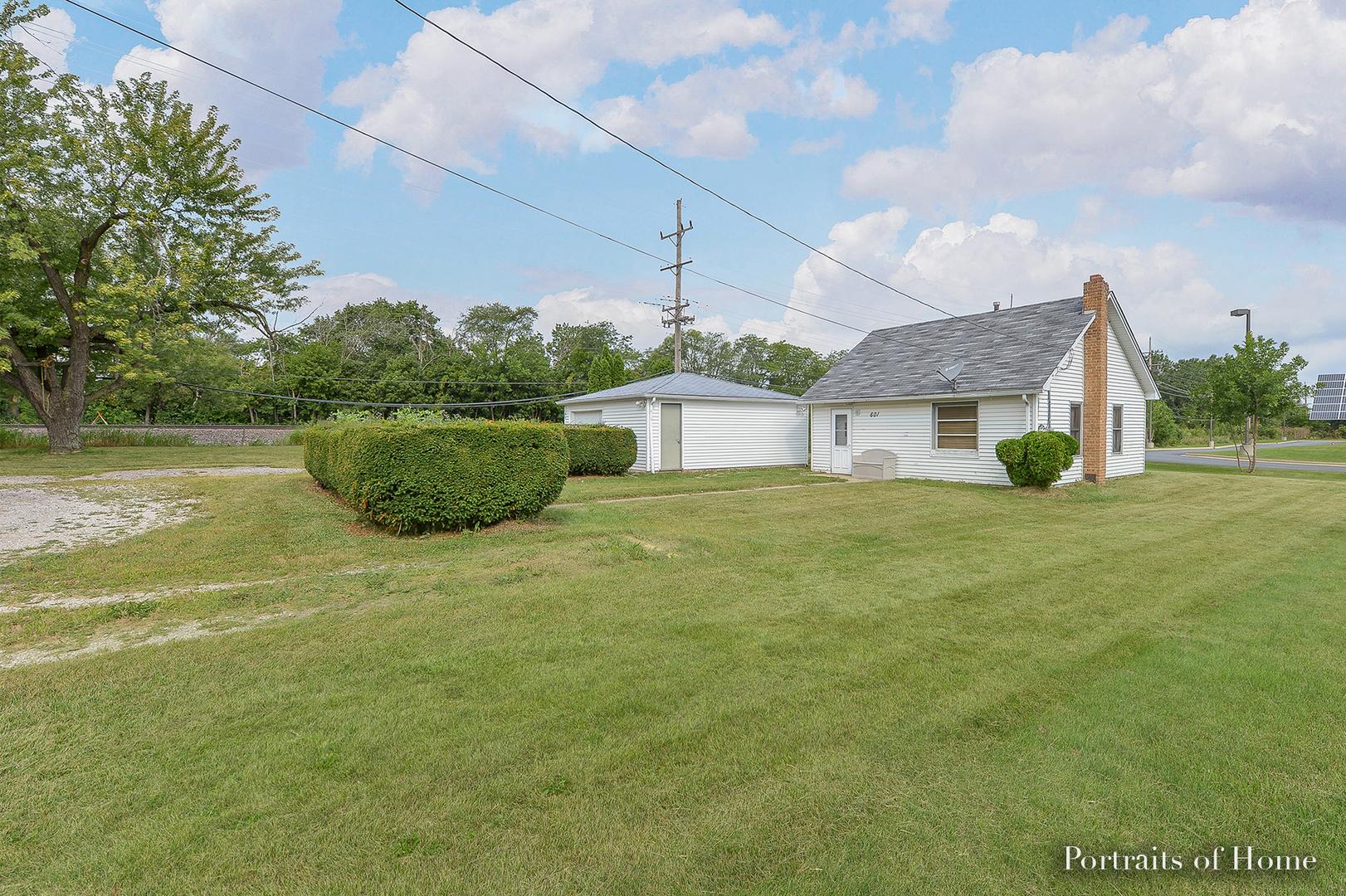Photo of 601 Sullivan Road  NORTH AURORA  IL