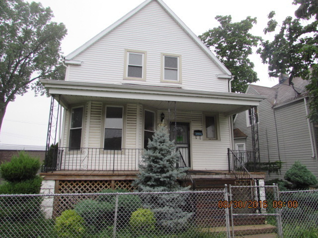 Photo of 8384 South Kerfoot Avenue  CHICAGO  IL