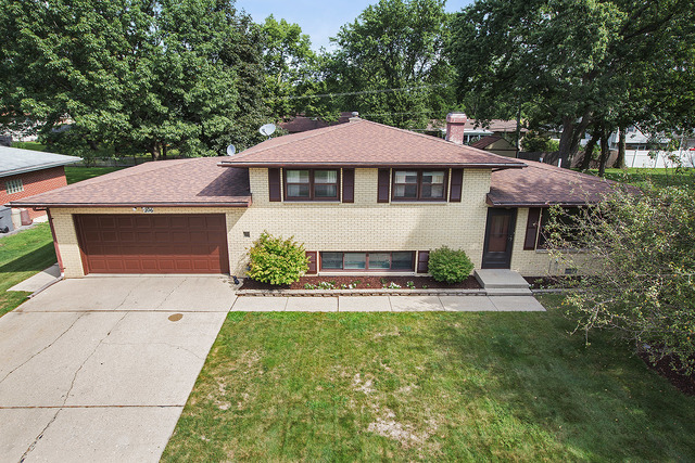 Photo of 206 Birch Drive  SHOREWOOD  IL