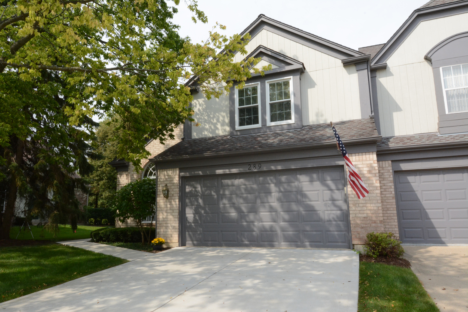 Photo of 289 LORRAINE Circle  BLOOMINGDALE  IL