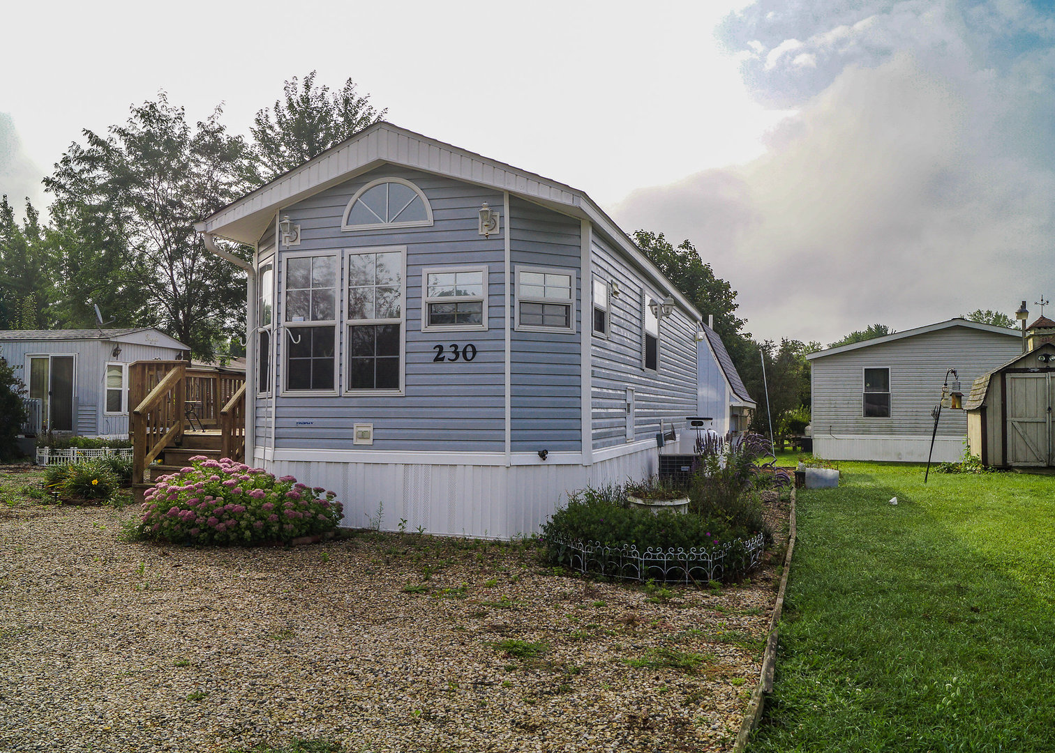 Photo of 230 Port Side  LAKEMOOR  IL