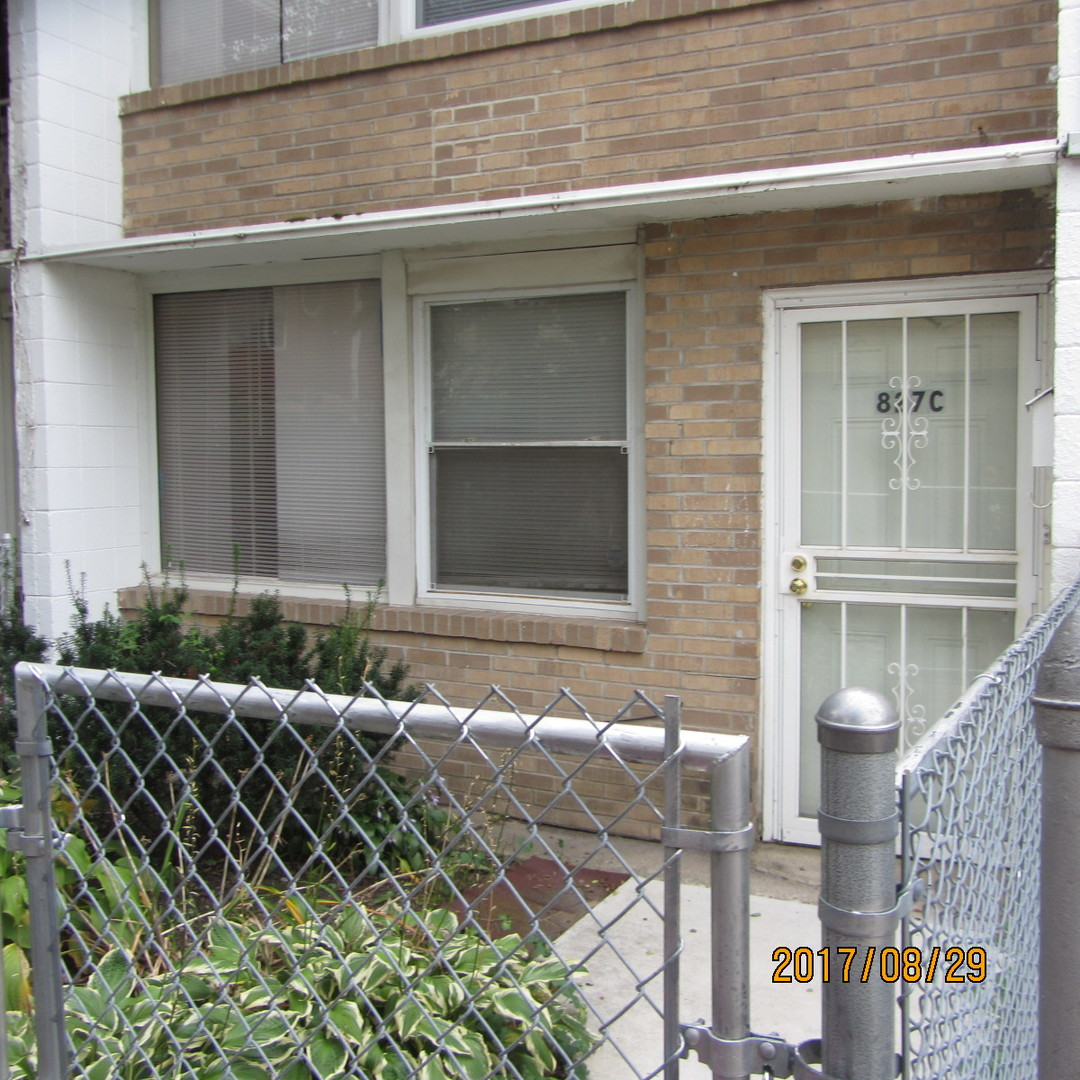 Photo of 827 East 48th Street South  CHICAGO  IL
