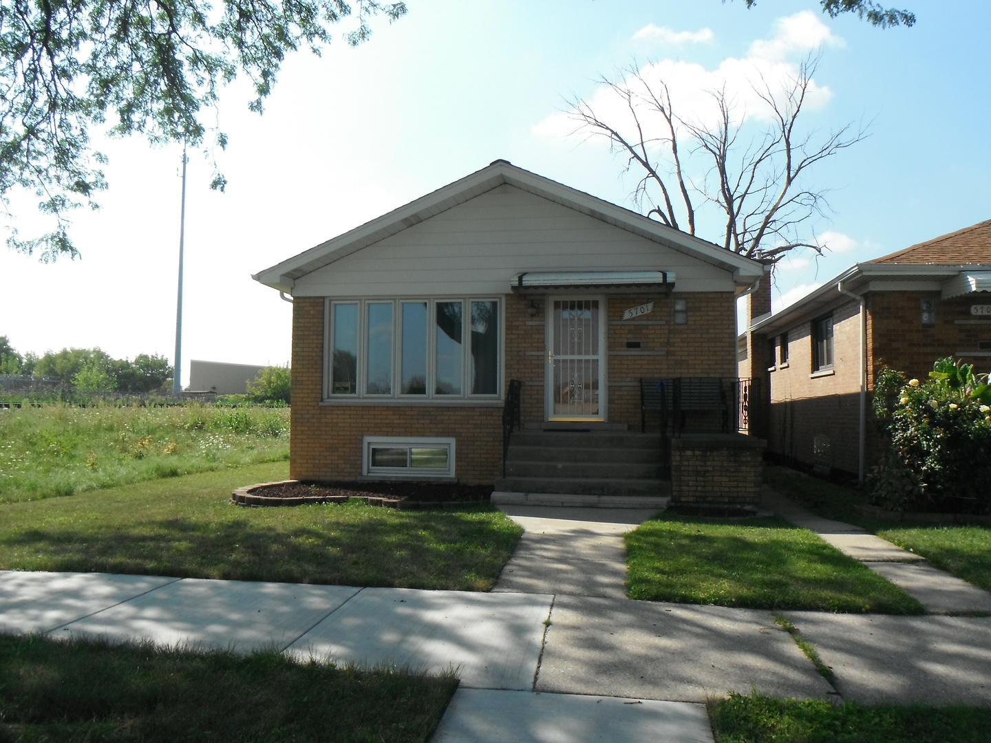 Photo of 5701 West 58th Street  Chicago  IL