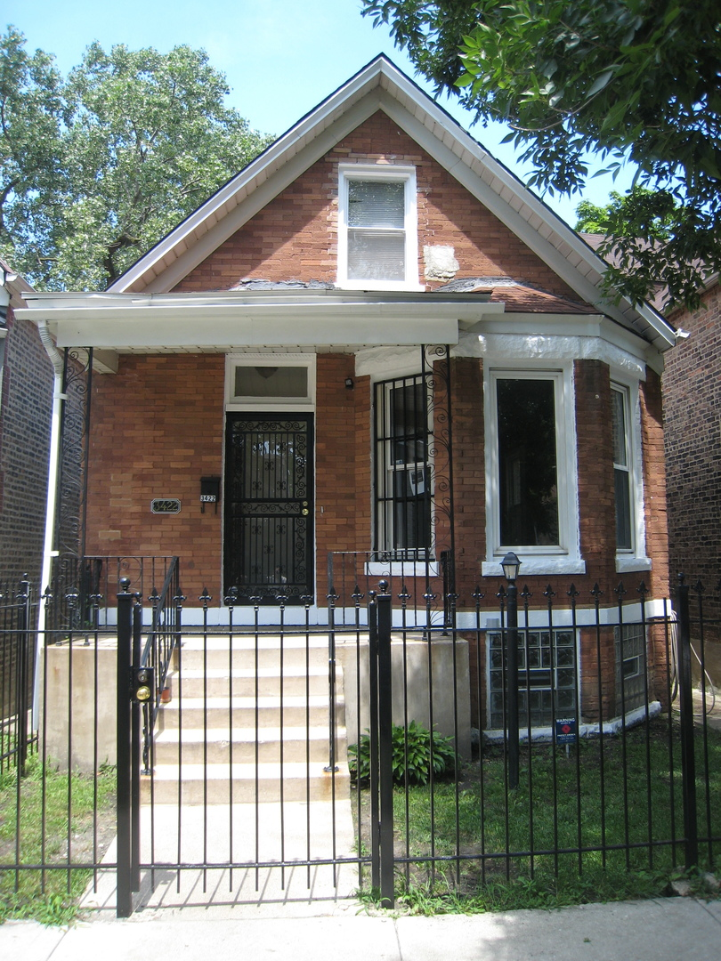 Photo of 3422 West Carroll Avenue  CHICAGO  IL