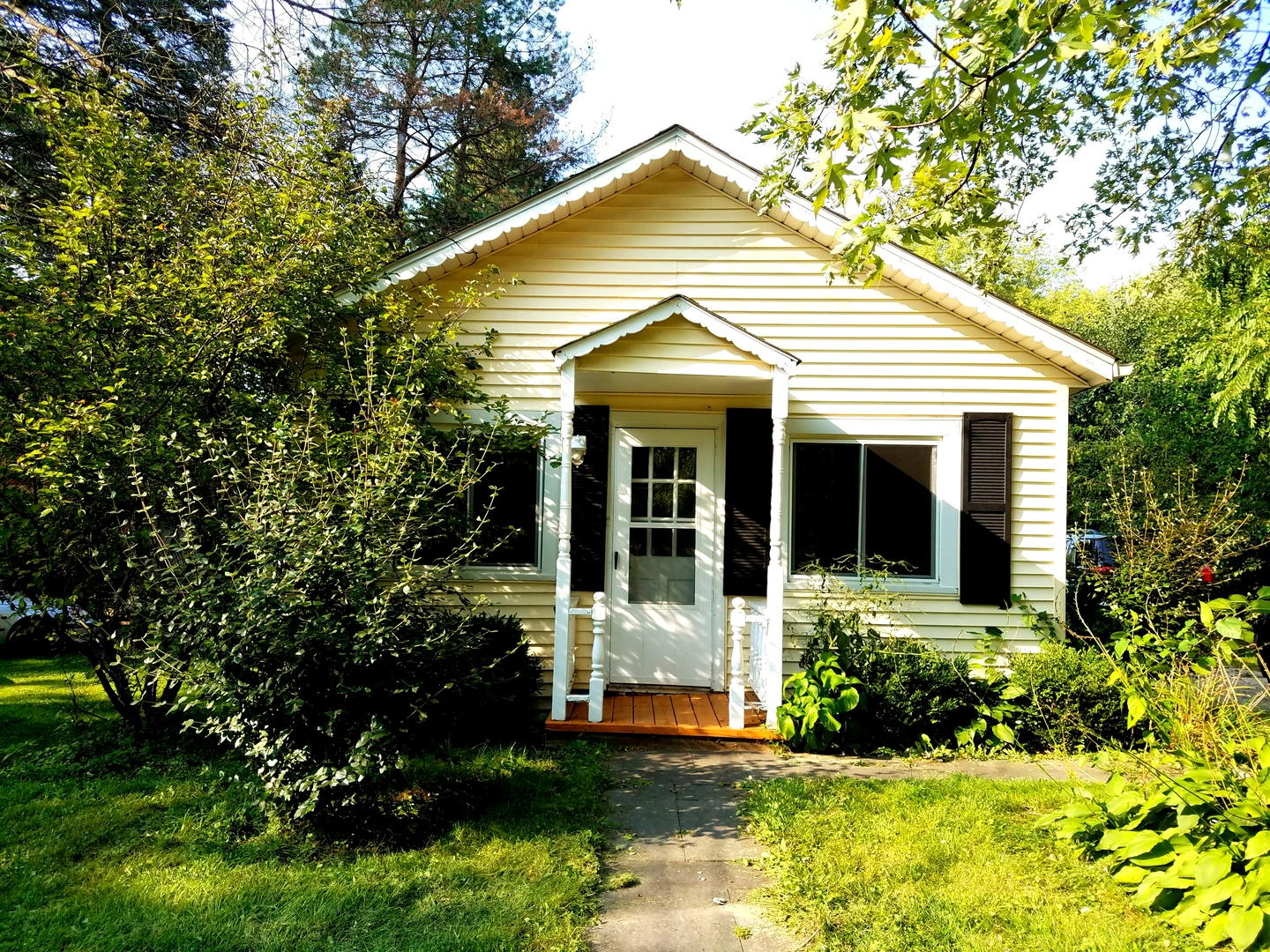 Photo of 1018 Bloner Parkway  FOX RIVER GROVE  IL