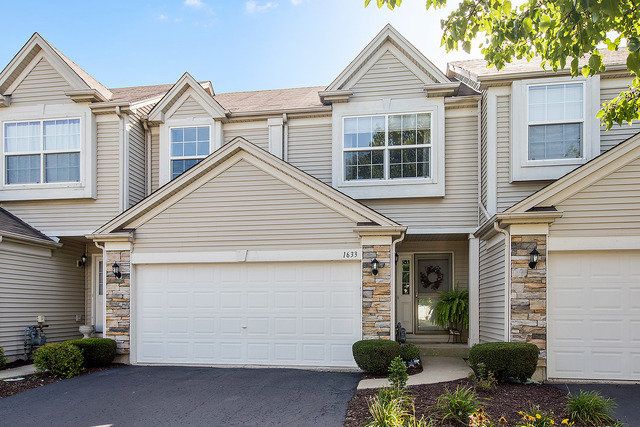 Photo of 1633 South Fieldstone Drive South  SHOREWOOD  IL
