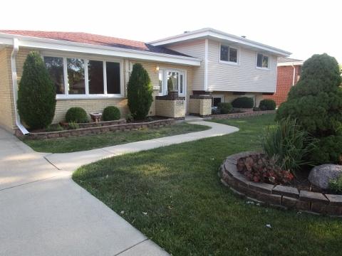 Photo of 1654 West Woodland Avenue  ADDISON  IL