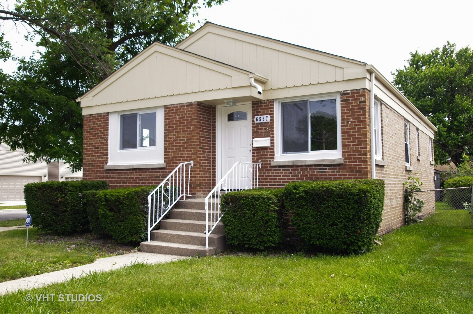 Photo of 6557 North Troy Street  CHICAGO  IL