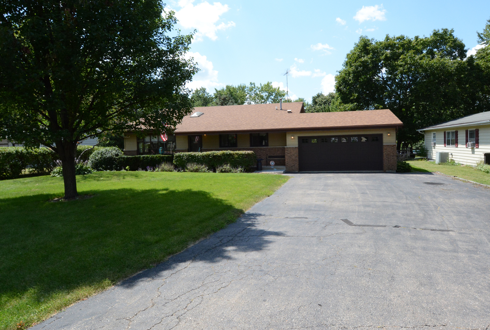 Photo of 2S346 HART Road  BATAVIA  IL