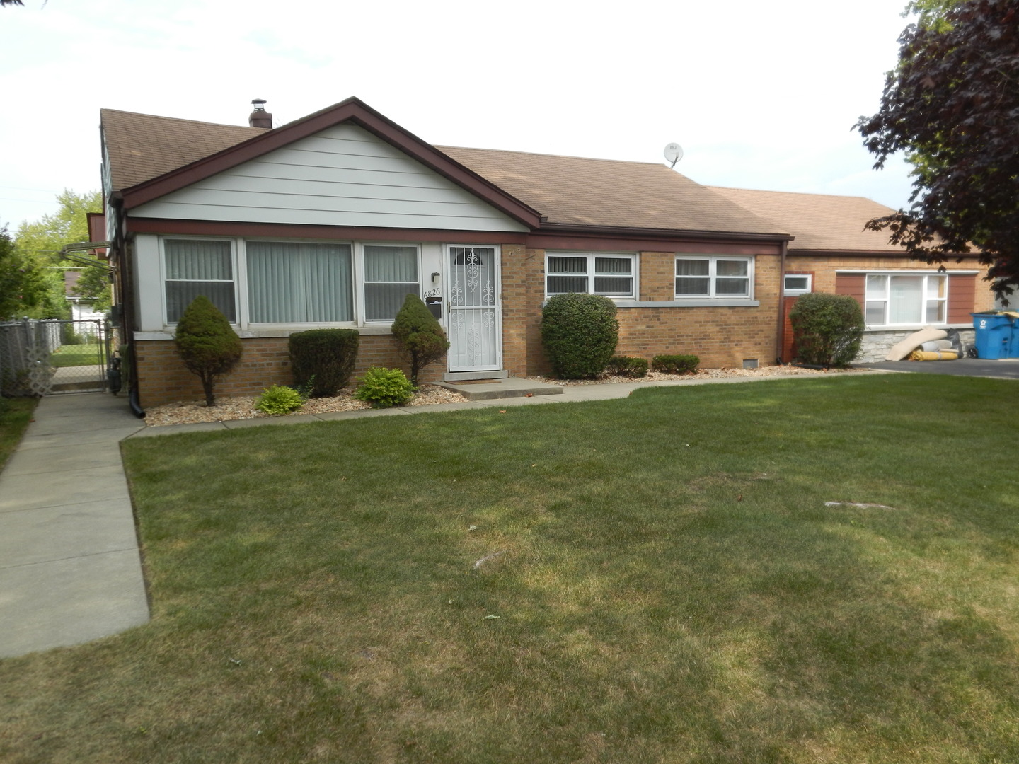 Photo of 6826 West 110th Street  WORTH  IL