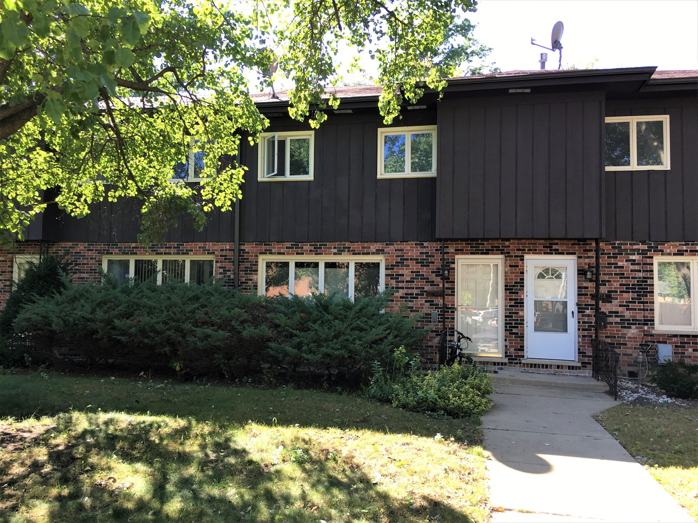 Photo of 1516 Shermer Road  NORTHBROOK  IL