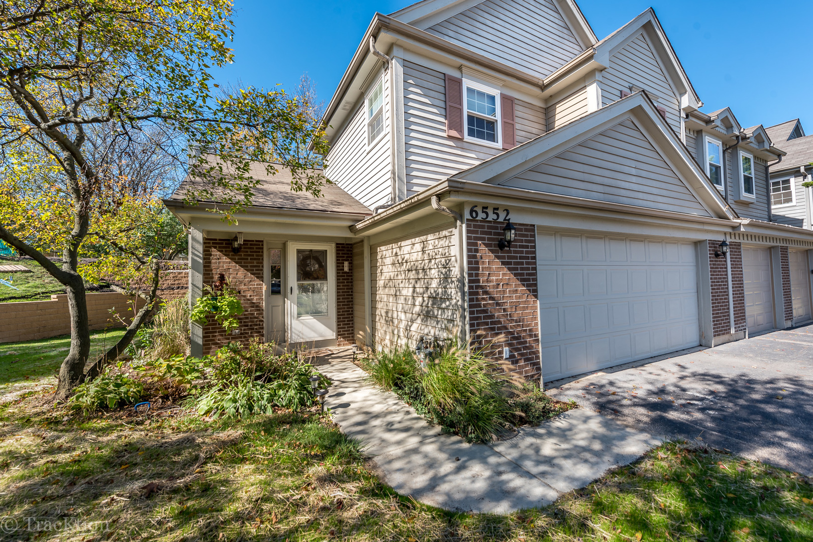 Photo of 6552 KENSINGTON Place  DOWNERS GROVE  IL