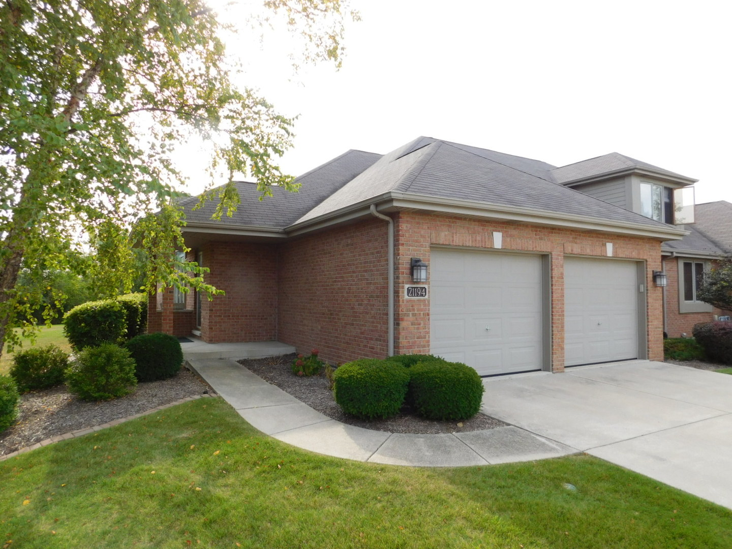 Photo of 21194 LAKEVIEW Lane  FRANKFORT  IL