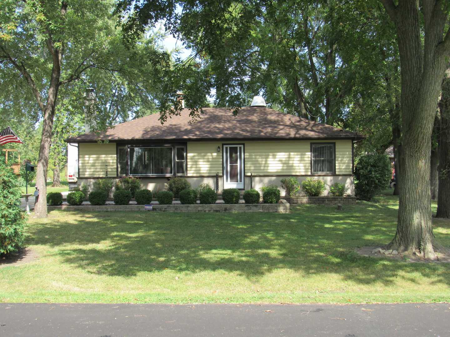 Photo of 625 Hawthorne Avenue  WOOD DALE  IL