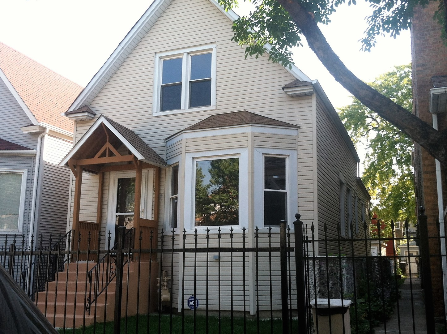 Photo of 831 North Laramie Avenue  CHICAGO  IL