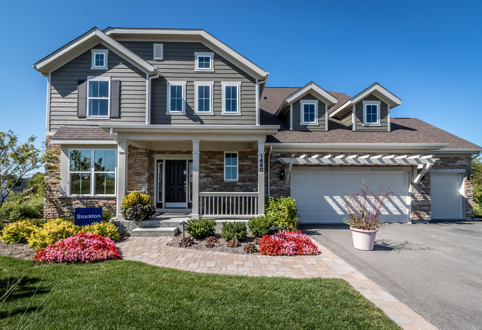 1660 Creeks Crossing Drive, Algonquin in Kane County, IL 60102 Home for Sale