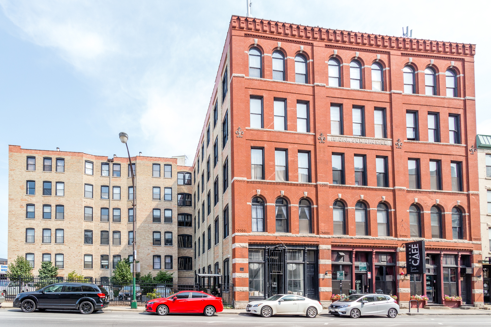 Photo of 525 North Halsted Street  CHICAGO  IL