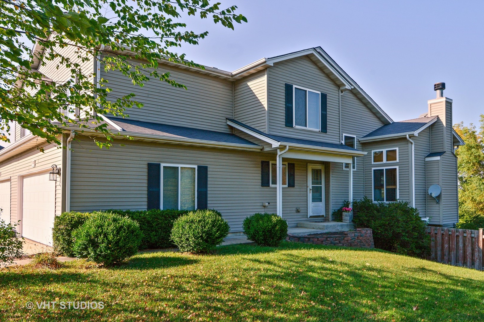 Photo of 1820 COUNTRY HILLS Drive  YORKVILLE  IL