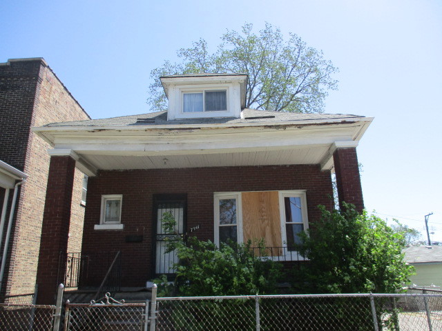 Photo of 7341 South Maryland Avenue  CHICAGO  IL
