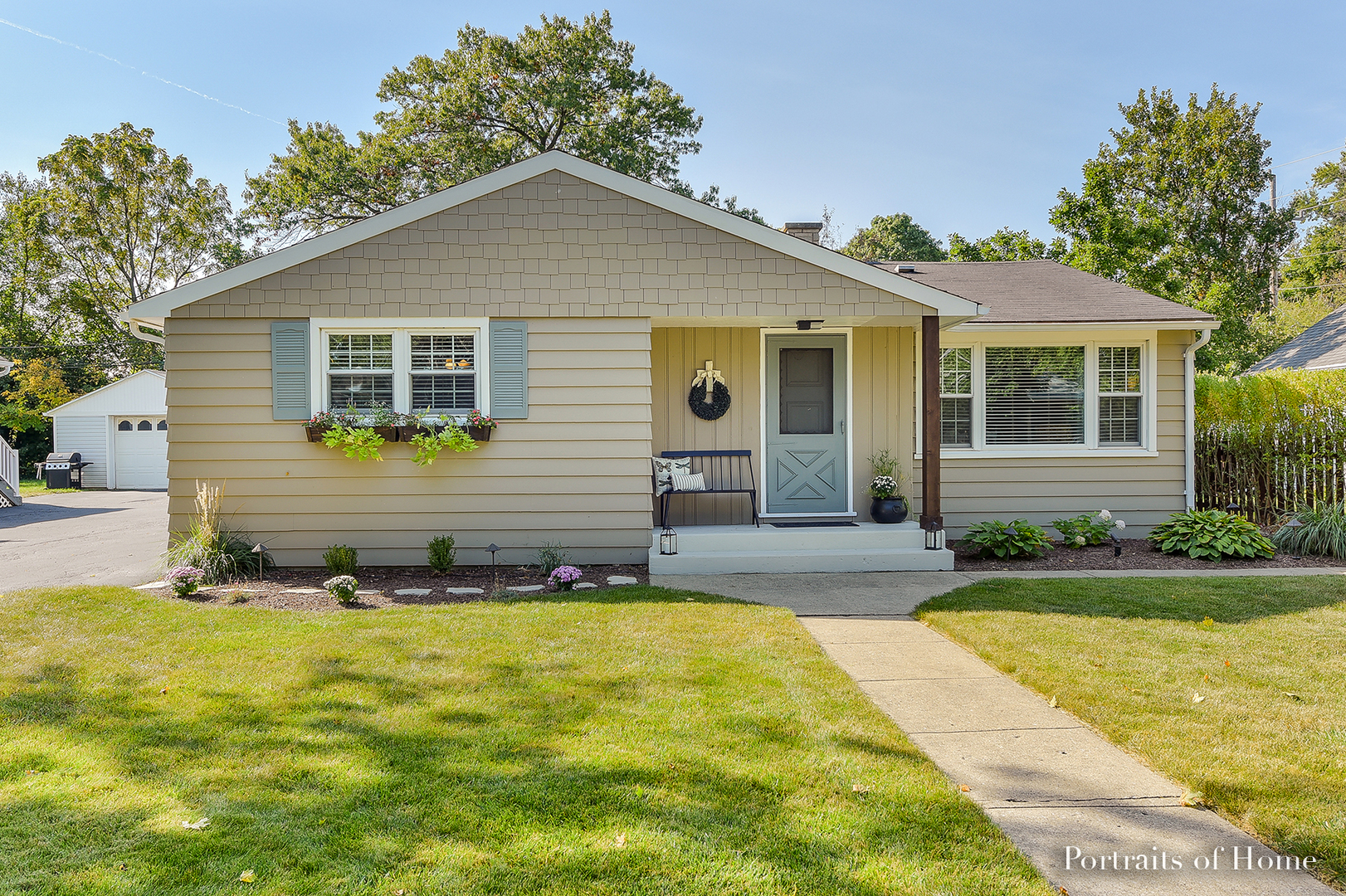 Photo of 304 East Fox Road  YORKVILLE  IL