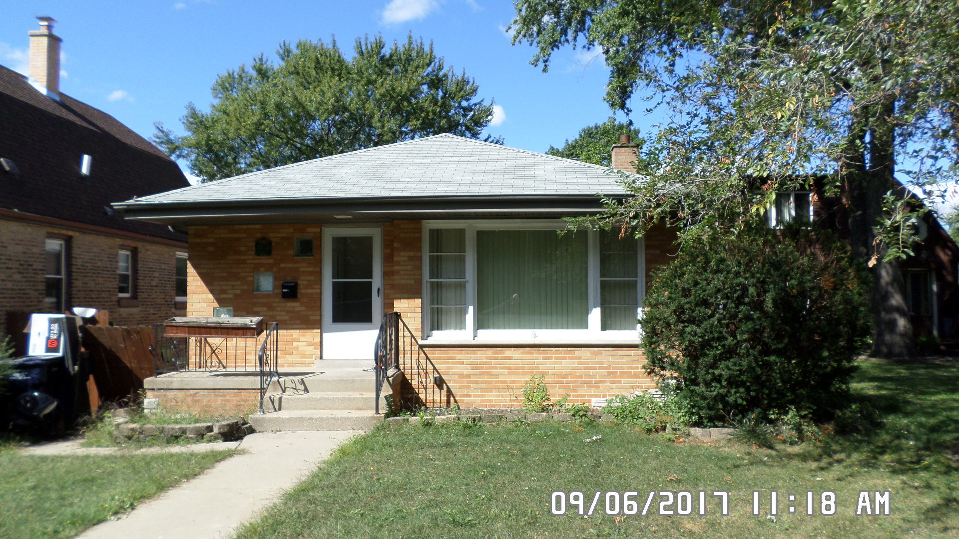 Photo of 8730 South Rockwell Avenue  EVERGREEN PARK  IL