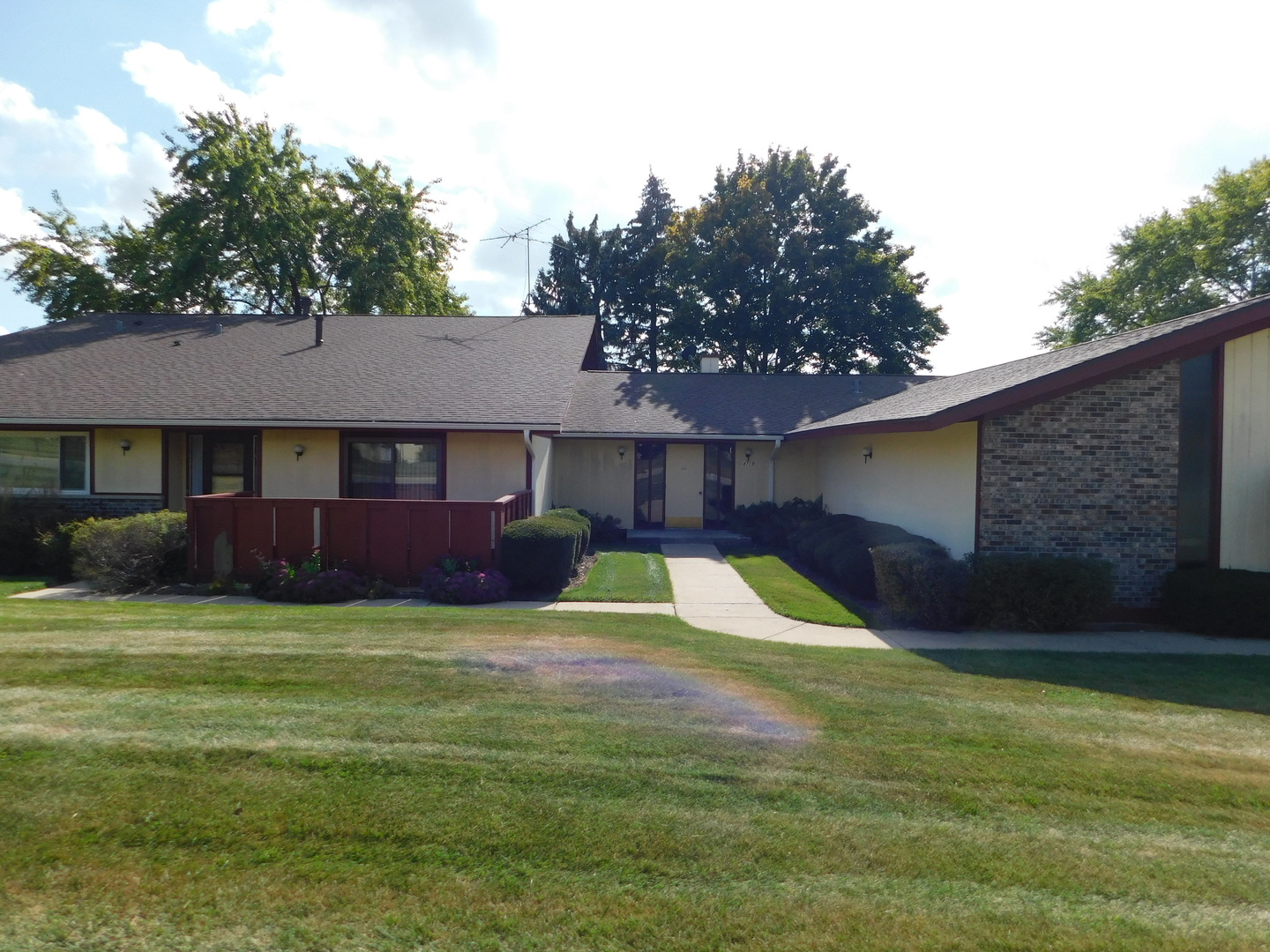 Photo of 4719 West Oakwood Drive  MCHENRY  IL