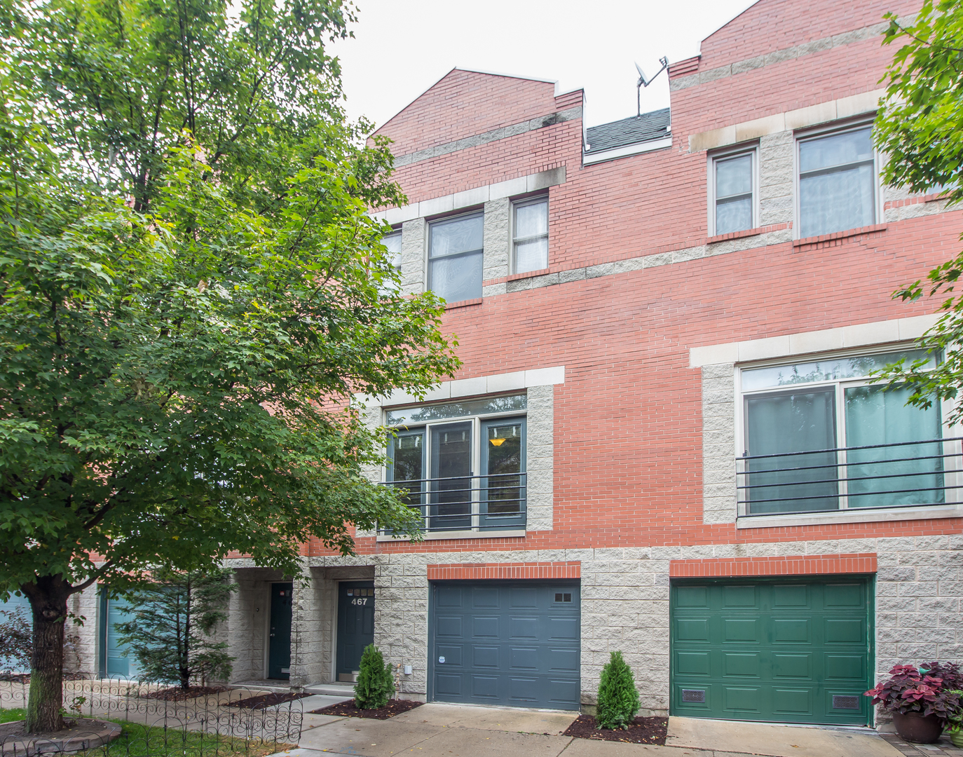 Photo of 467 North ARMOUR Street  CHICAGO  IL