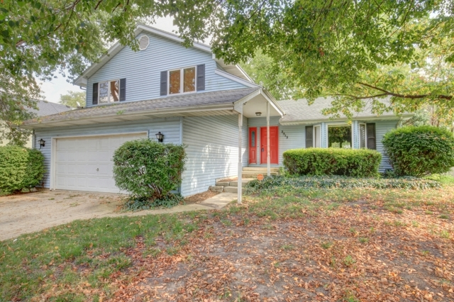 2513 Southwood Drive, Champaign in Champaign County, IL 61821 Home for Sale