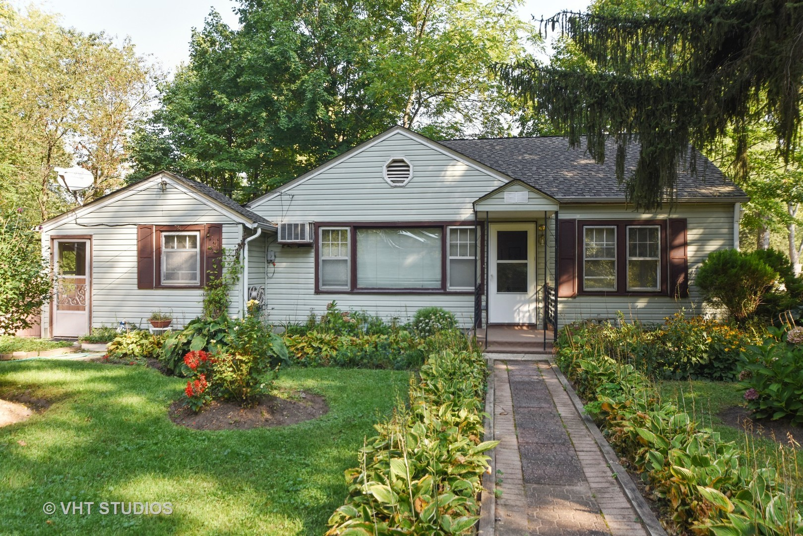 Photo of 3121 South Woods Avenue  MCHENRY  IL