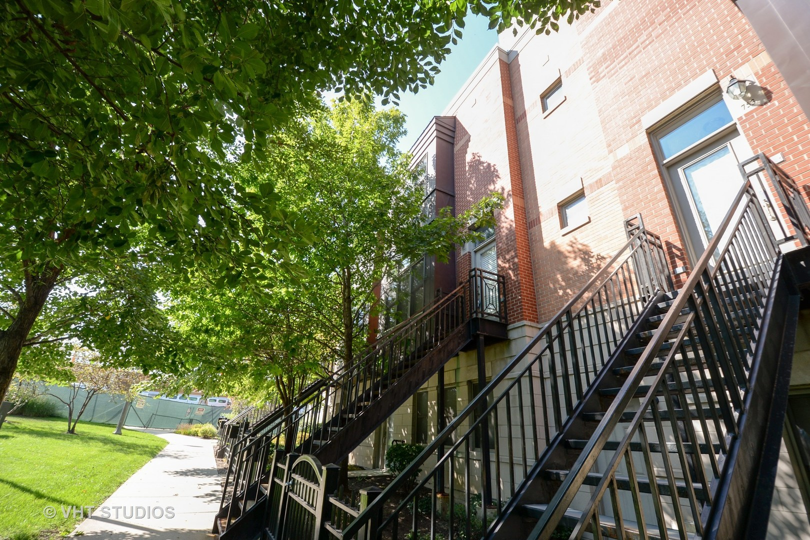 Photo of 751 West 15th Street  CHICAGO  IL