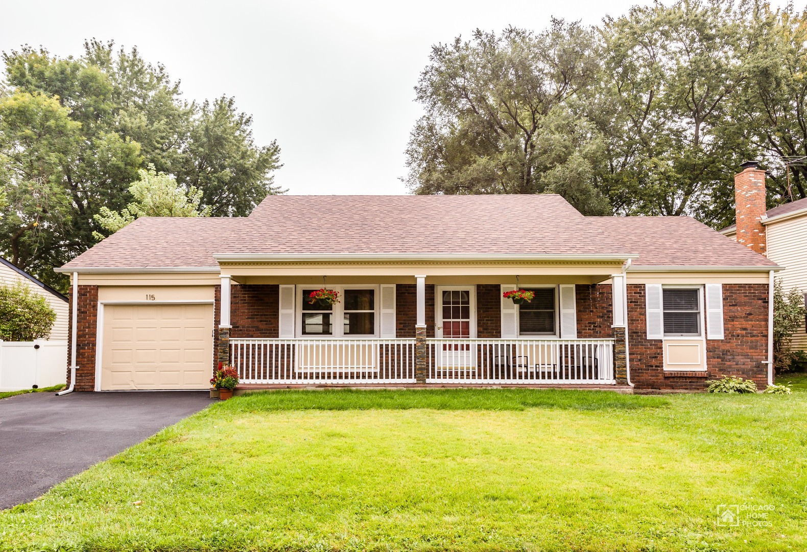 115 Stonegate Road, Buffalo Grove in Cook County, IL 60089 Home for Sale