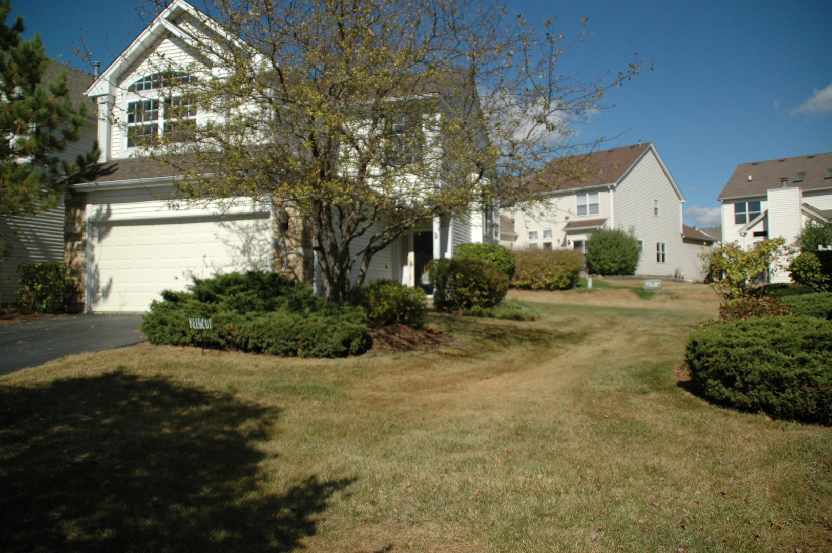 Photo of 983 Mesa Drive  LAKE IN THE HILLS  IL