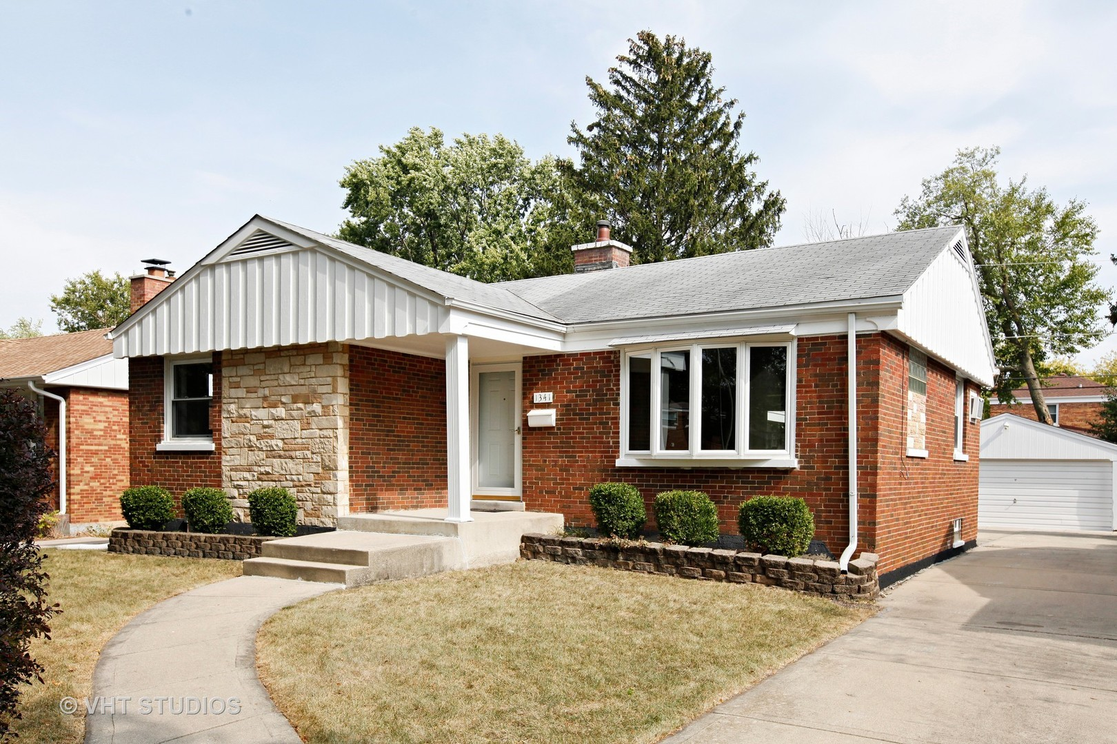 Photo of 1341 Portsmouth Avenue  WESTCHESTER  IL