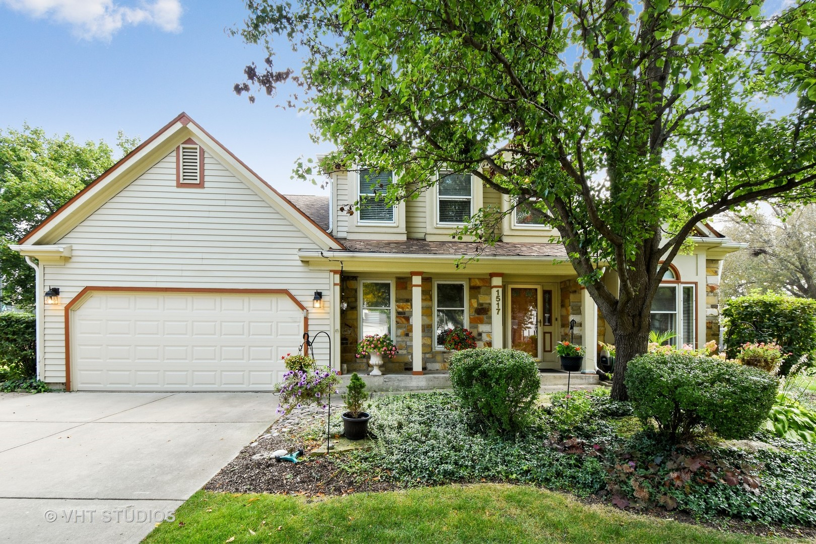 1517 Quaker Hollow Court South, Buffalo Grove in Lake County, IL 60089 Home for Sale