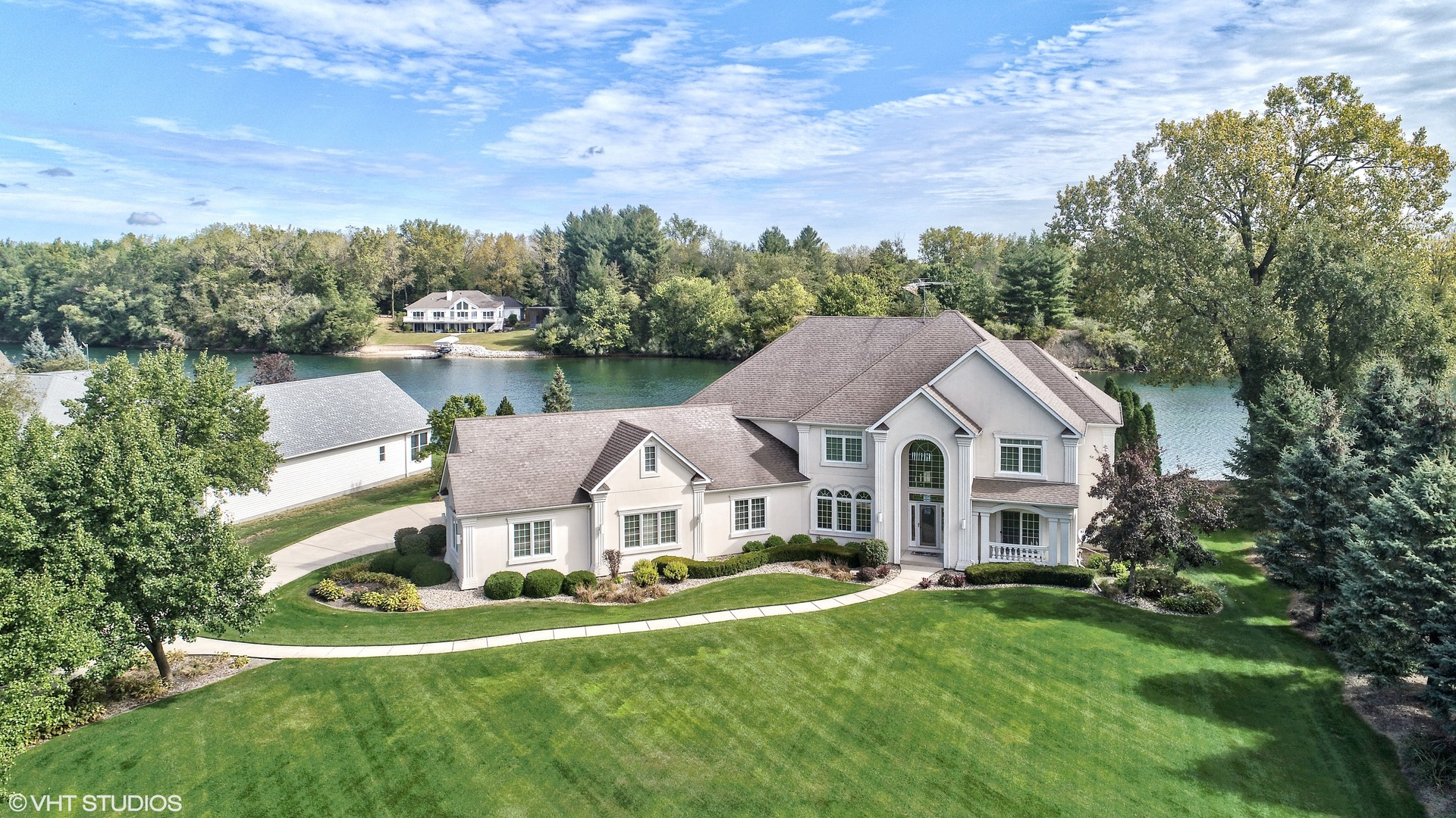 Illinois waterfront property in morris diamond joliet for Morris home