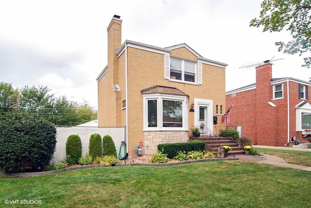 Photo of 1122 Manchester Avenue  Westchester  IL