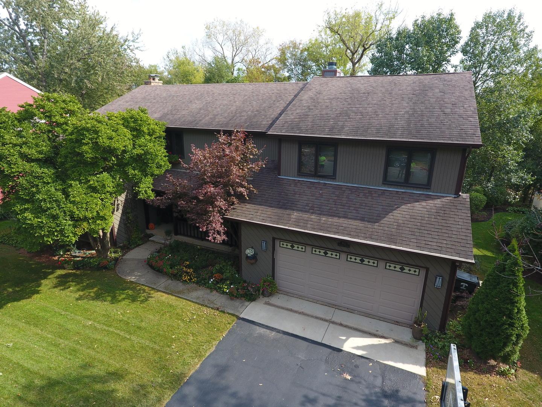 943 Bartlett Terrace, Libertyville, Illinois