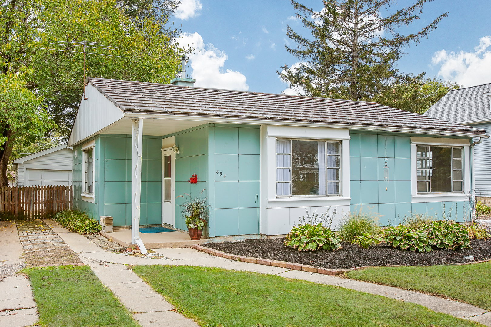 Photo of 454 South Edgewood Avenue  LOMBARD  IL