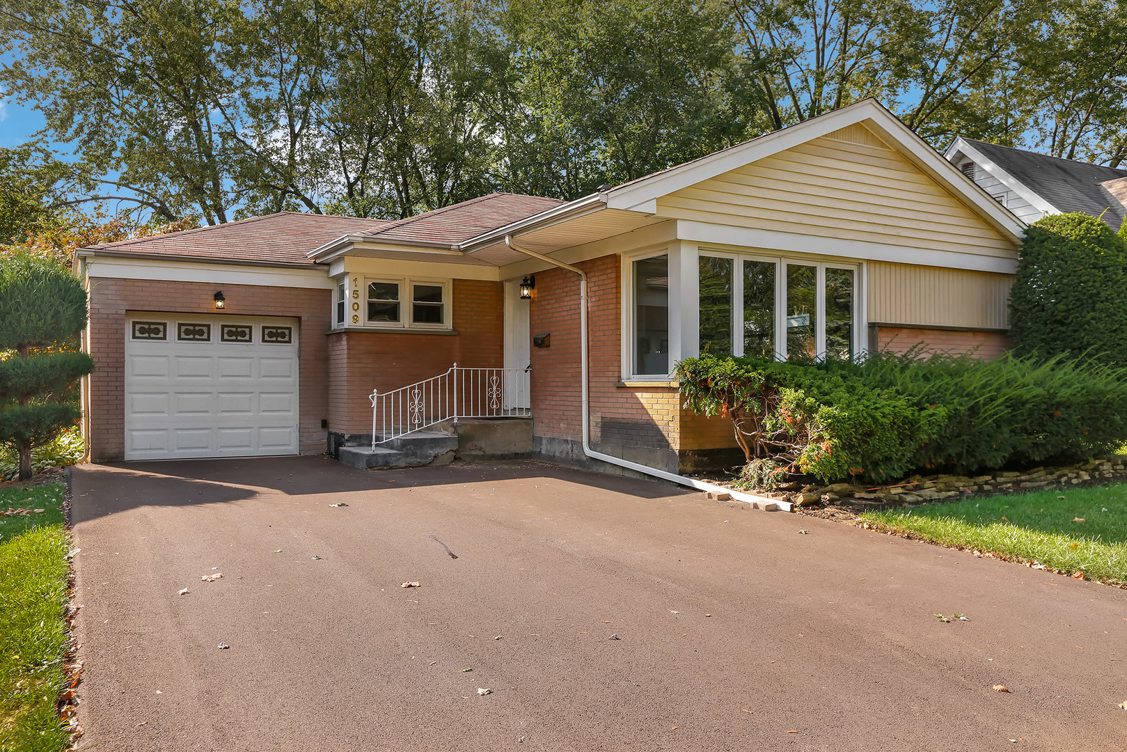 1509 West Fremont Street, Arlington Heights in Cook County, IL 60005 Home for Sale
