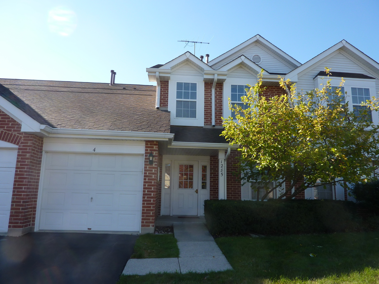 Photo of 1285 Winfield Court  ROSELLE  IL