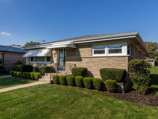Photo of 7030 West Cleveland Street  NILES  IL