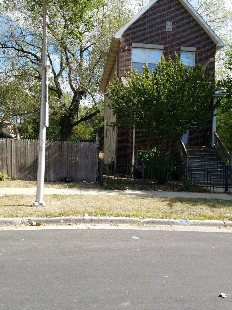 3969 South Langley Avenue Chicago, IL 60653